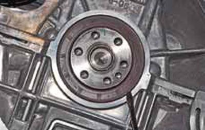 Замена заднего сальника коленчатого вала Киа Рио 3 (2011)
