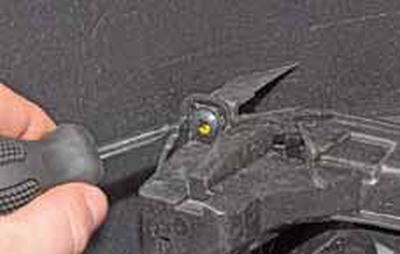 Замена лампы противотуманной фары, снятие противотуманной фары Киа Рио 3 (2011)