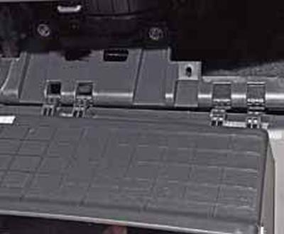 Снятие вещевого ящика Киа Рио 3 (2011)